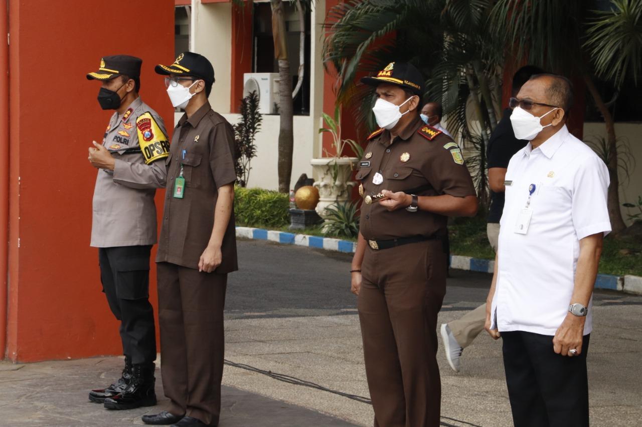 Forkopimda Kabupaten Sumenep Gelar Apel Pasukan Jelang Persiapan PPKM Mikro