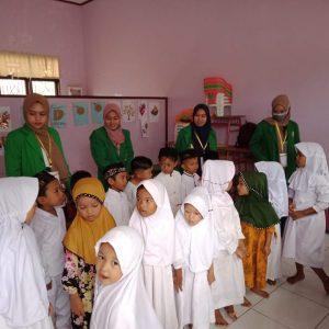 mahasiawa kkn - bk unimal kelompok 184 mengajar di paud